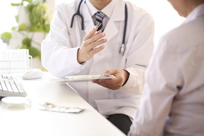 画像:急病やけがの治療